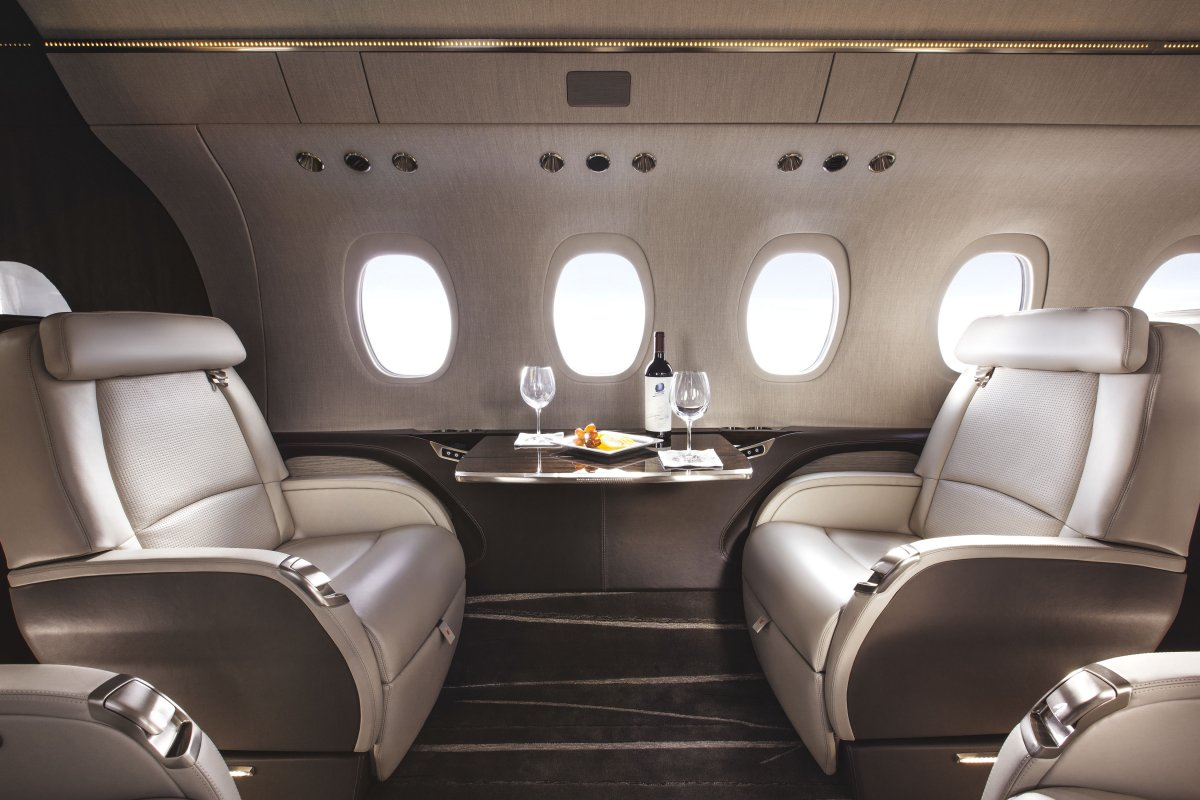 Mlkjets jet charter jet hire private jet destination learjet gulfstream cessna charter bombardier charter embraer charter business jet private charter inside 4 - Dubai Airport private jet charter and Chicago Dubai Airport private jet hire empty leg mlkjets