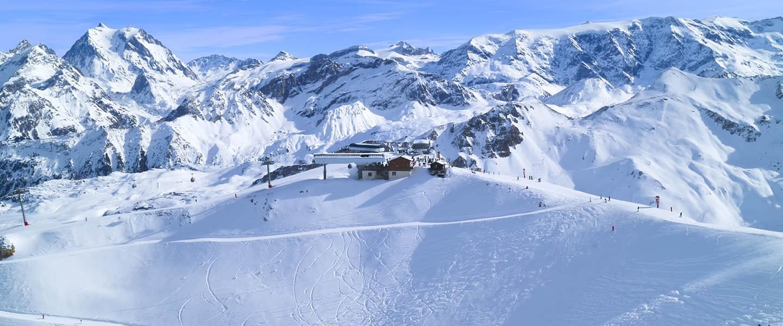 courchevel france ski resort - Private jet charter and superjet charter broker mlkjets destinations