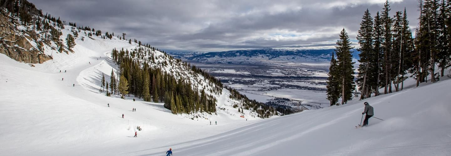 JACKSON HOLE PRIVATE CHARTER JET AIR CHARTER