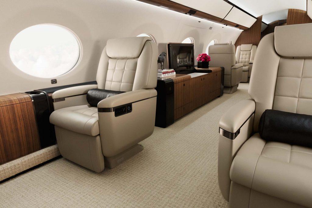 Gulfstream private jet charter Gulfstream business jet Gulfstream corporate jet Gulfstream charter2 1024x683 - Gulfstream private jet builder Gulfstream private charter and Gulfstream jet broker