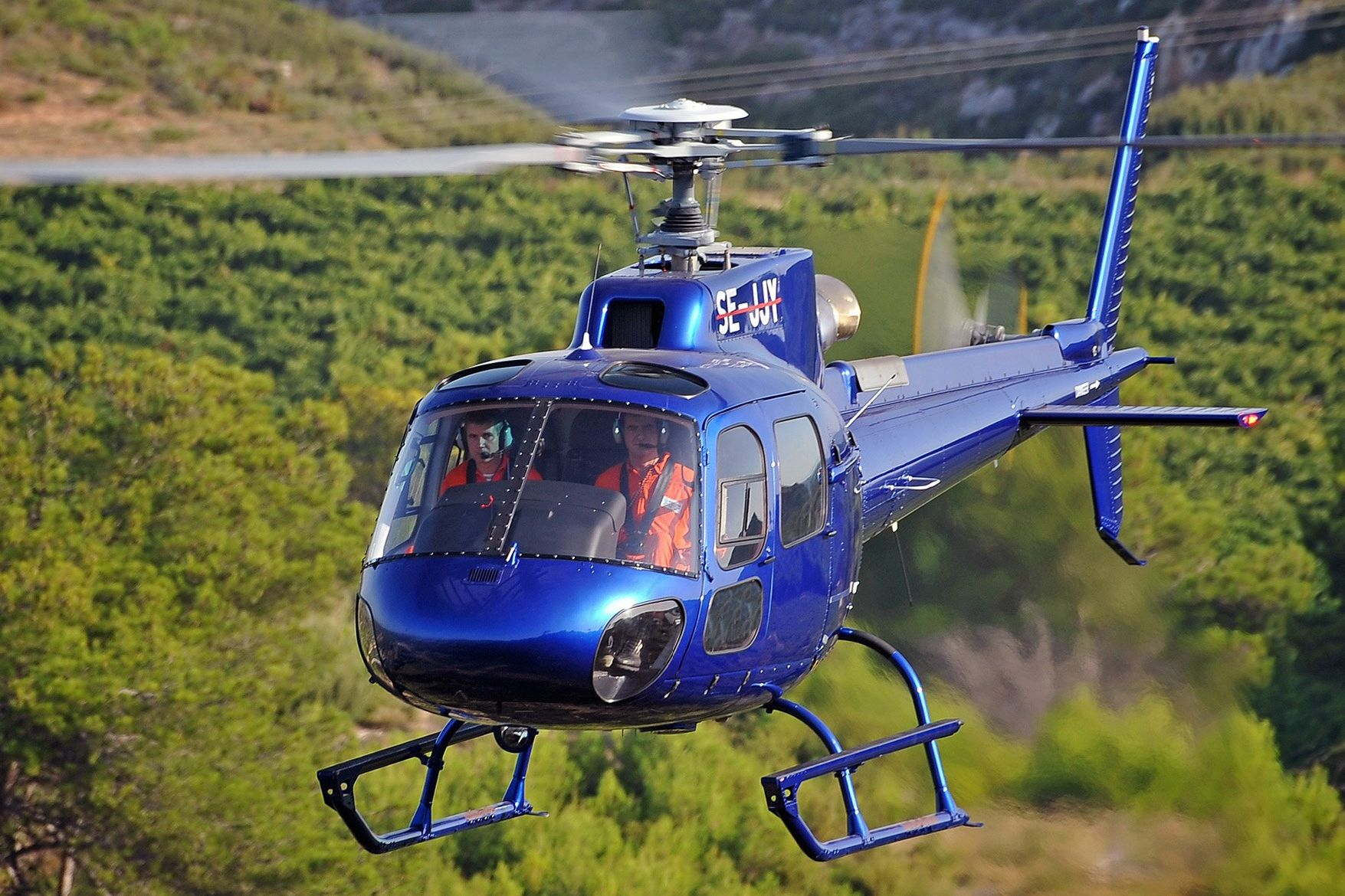 Mlkjets private charter helicopter1 - Private Charter Helicopters